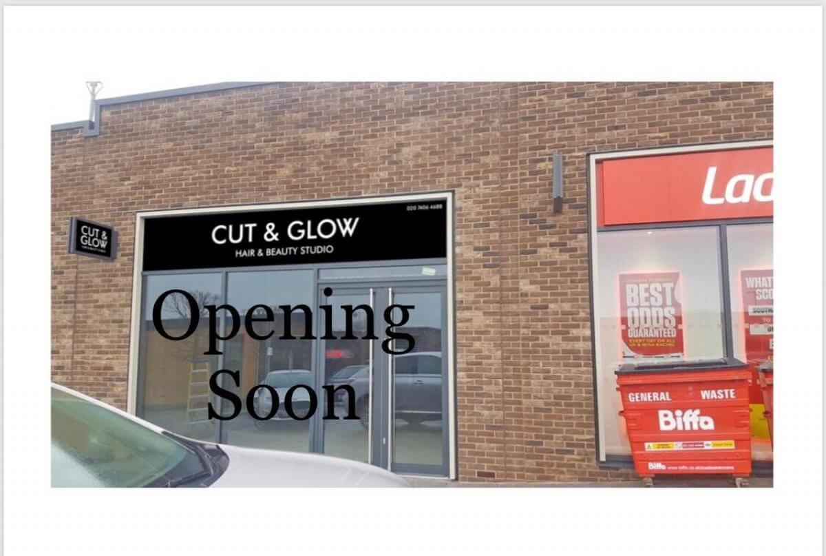Cut & Glow Hair and Beauty Studio Watford Image 1